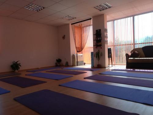 Yoga Samokov 12